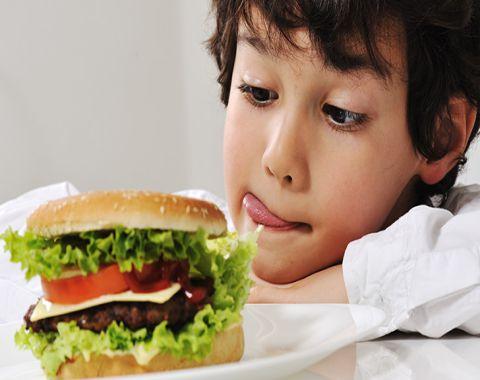اشتباهات متداول در تغذیه کودکان